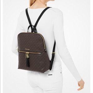 Michael Kors Rhea backpack slim logo MK